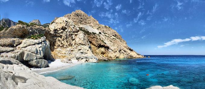 Fourni-to-Agios-Kirikos-Ikaria-Ferry